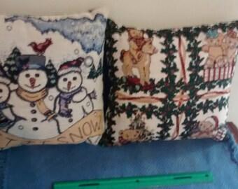 Christmas Pillows Vintage Holiday Decor Snowman Snow Teddy Bears Rocking Horse Mistletoe Cheer