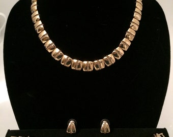 NAPIER Necklace Set