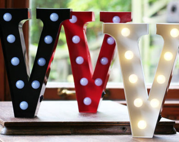 Vintage Carnival Style Marquee Light, Light up Letter V - Battery Operated/Various Colours - Perfect Night Light/Gift/Wedding Decor