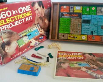1982 Science Fair 160 in One Electronic Project Kit