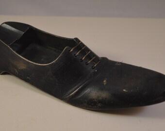 Vintage miniature ashtray shoe,metal, brass,missing part,DAMAGED