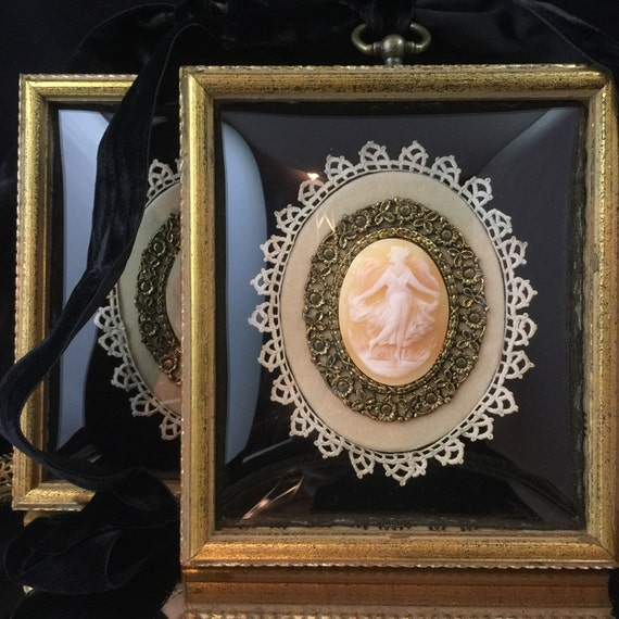 Antique Cameo Limoges Cameo Limoges Porcelain Hand Carved Cameo Limoges France Victorian Cameo Framed Cameo Gold Filigree Lace