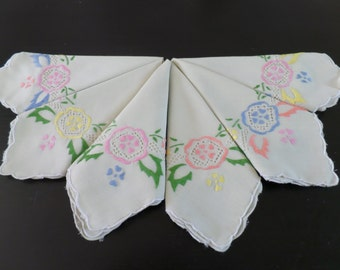 6 Vintage Hand Embroidered Napkins, Cream Cotton.