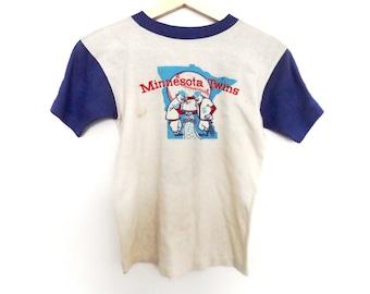 Vintage Minnesota Twins t shirt baseball raglan XS size