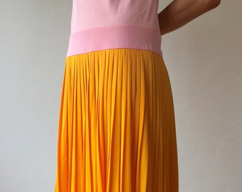 1960s • Drop waist color block pink and orange dress