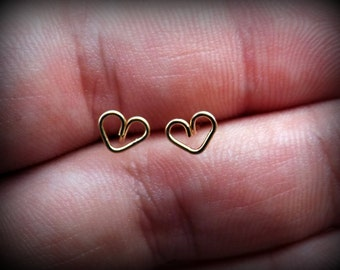 Set of 2 Tiny heart earring studs/choice of sterling silver,rose gold or yellow gold