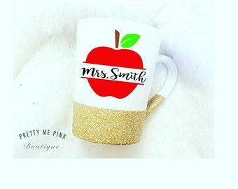 Teachers gift/back to school/teacher/coffee cup/coffee mug/apple mug/coffee/glitter mug