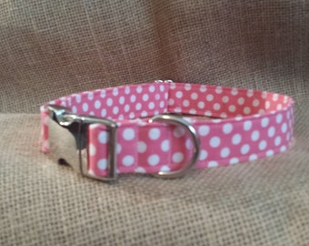 Pink Polka Dot Buckle Collar
