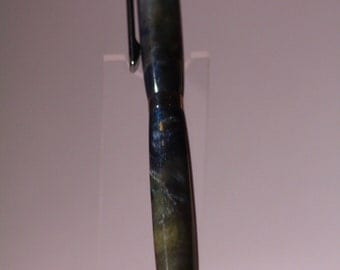 slimiline pen made out of acrylic