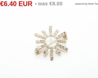 winter sales Silver tone rhinestone brooch 7075