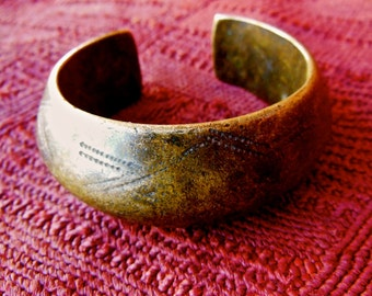 Bronze Alloy Currency Bracelet African Ethnic Jewelry Collectable
