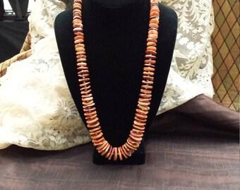 One strand spiny oyster necklace