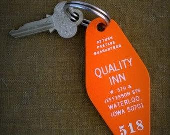 Quality Inn / Waterloo Iowa / Mid-century Motel Hotel Room Key / 1960s / 1950s Americana Room 518