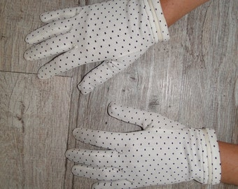 Blue vintage pea gloves