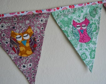 Patchwork bunting 15 flags, banner, owls, appliqués, nursery decor, party decoration, photography prop,  personalized bunting