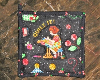 Mary Engelbreit hot pad, pot holder, fabric trivet, quilted hot pad, Mary Engelbreit decor, kitchen decor, gift idea, wedding gift, 6 x 6 in