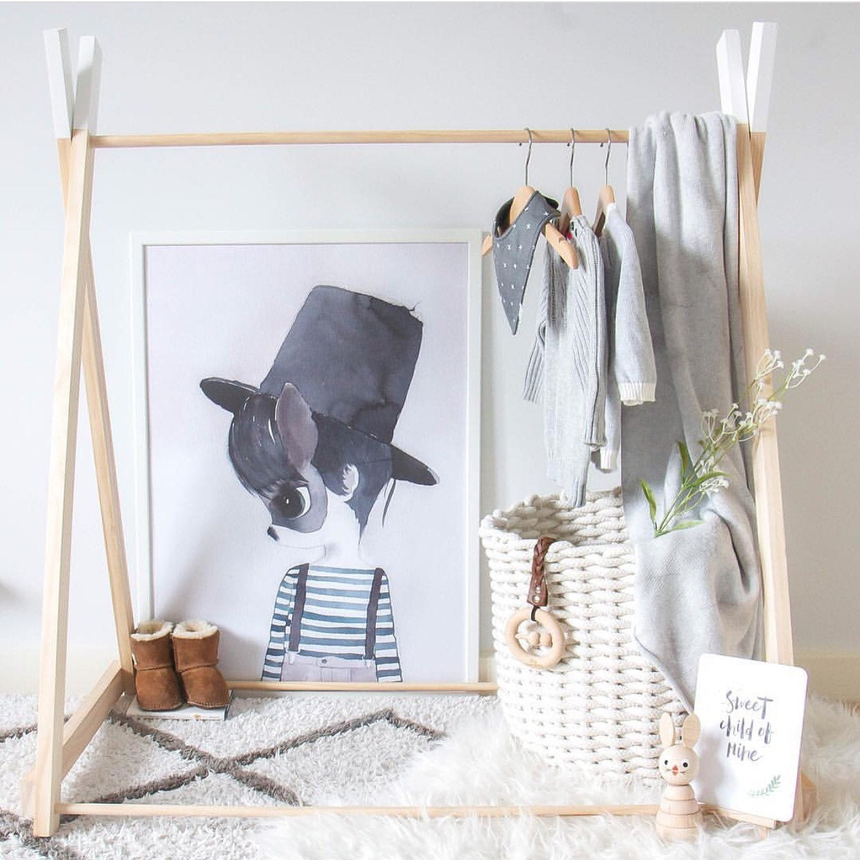 handmade children wooden clothing rack timber clothes stand. Black Bedroom Furniture Sets. Home Design Ideas