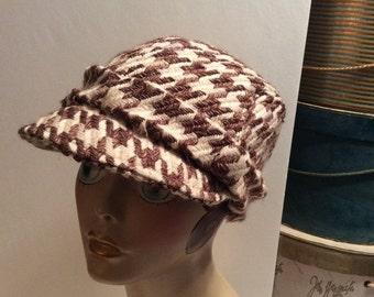 50% Off Sale Vintage Bebe Brown Houndstooth Wool Newsboy/Hunting/Driving Cap Hat