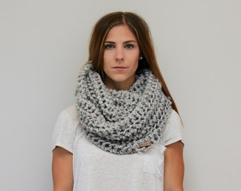 Chunky Knit Infinity Scarf Cowl Lace Pattern
