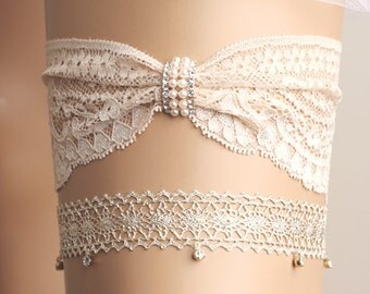 wedding garter set, bridal garter set, lace garter set, lace garter set, champagne garter, crystal garter set, diamond garter set