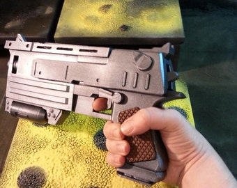 Fallout 3 inspired 10mm Pistol cosplay prop replica