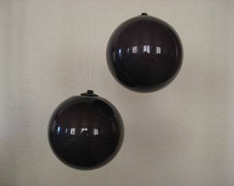CARNABY / PALETTE Decoration ball. Designed in 1968 by Michael Bang for Holmegaard Denmark. Danish design.