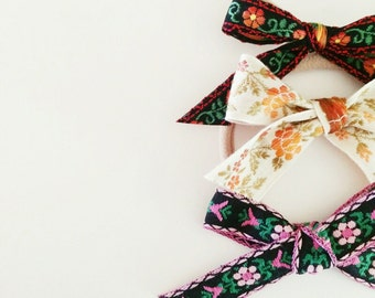 Floral bow trio