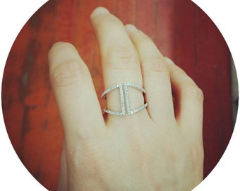 Pave Geometric Ring