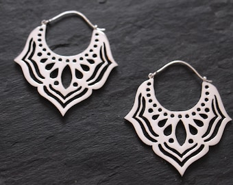 Silver tone hoops earrings, tribal earrings, gypsy earrings, tribal jewelry, tribal bellydance jewelry, ethnic earrings, silver tone hoops