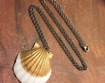 Scallop Seashell Necklace - Gold
