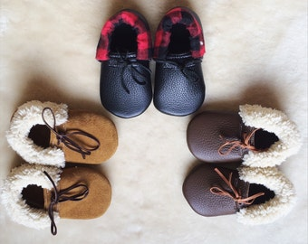 Leather Baby Moccasin Slippers, Baby Slippers, leather baby slippers, baby shoes, sherpa slippers, christmas baby gift, christmas moccasins,