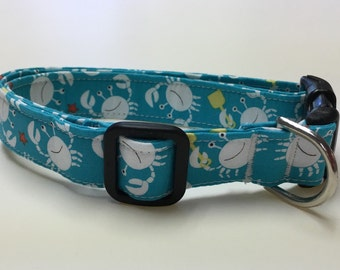 Adjustable Turquise with Crabs Print Dog Collar