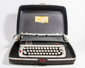 ON SALE Vintage Typewriter Grey Black and White Smith-Corona Classic 12 Typewriter with Case Portable Typewriter