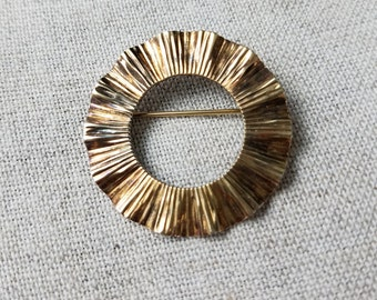 Napier / Sterling / Wreath / Ruffle / Pin