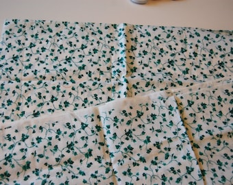 Green Vines Fabric Remnant Vintage Quilting