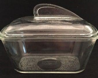 Glasbake refrigerator/baking dish
