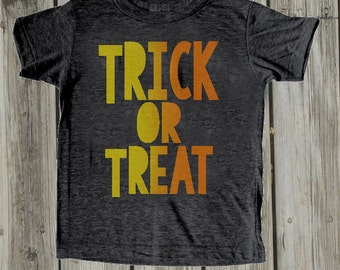 Toddler Halloween shirt. Toddler boy halloween tshirt. Trick or treat. Halloween clothes for kids. Baby Halloween costume. Fall baby outfits