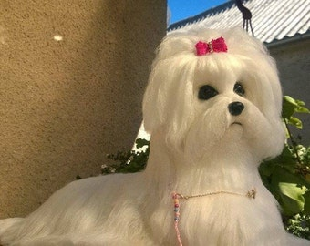 Needle felted custom dog sculpture of youre dog /Needle Felted Maltese /Dog Portrait /Custom dog art / Custom portrait of a dog