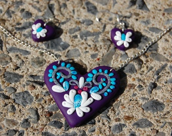 Necklace with earrings - purple heart