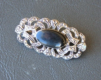 Vintage 925 silver black brooch pin