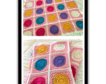 Circles Crochet Baby Blanket (Bear is not Included)
