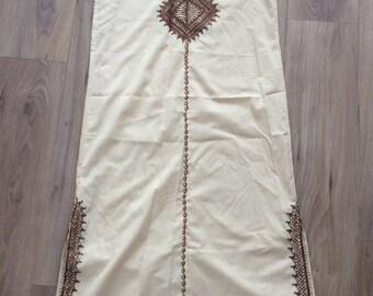 Vintage 70s Brown embroidered Kaftan, M/L