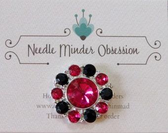 Black & Fushia Rhinestone Round Needle Minder