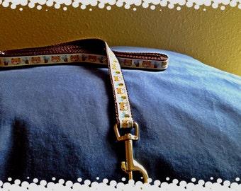 1/2 Wide Honey Bear  Grosgrain Patten Leash