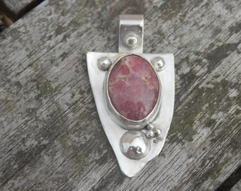 Rose Inka, Rhodochrozite Pendant Sterling Silver Pink Geemstone One Peace Hand Made