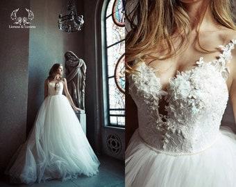 Ball gown wedding dress. Tulle wedding dress. Wedding dress. Bridal dress. Princess wedding dress.