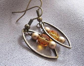 Crystal Dangle Earrings//Amber//32mm Long