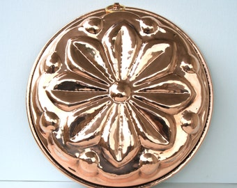 Copper mold for sweets and foods. Flower Shape