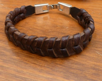 pulsera cuero con cierre en zamak, natural leather bracelet with zamak clasp