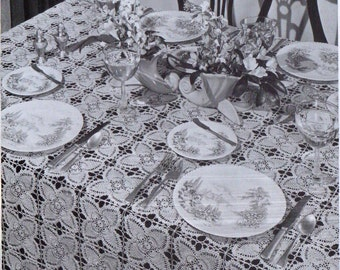 Pattern: pineapple tablecloth